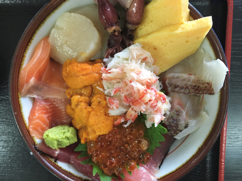 びっくり海鮮丼